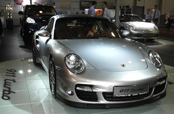 Porsche представил в Москве две новинки