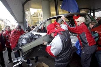 Рабочим Volkswagen надоело бастовать в одном месте