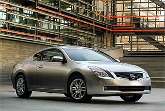 Новое купе Nissan появится в продаже в 2007 году