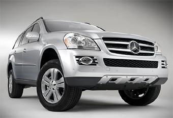 Mercedes GL появится в России осенью