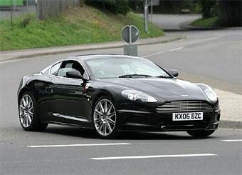 Aston Martin DBRS 9 проходит тесты