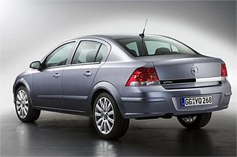 Opel Astra получит версию с кузовом седан