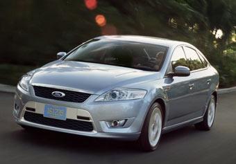 Ford представил первые фотографии пятидверной версии Mondeo