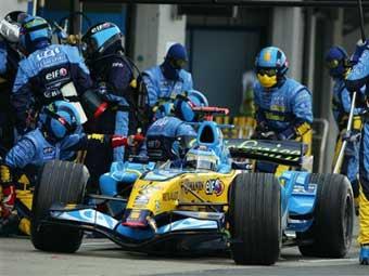 Потеря гайки стоила механику Renault работы