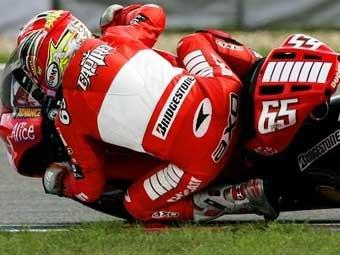Валентино Росси проиграл Гран-при Чехии