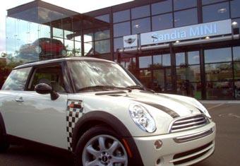 Компания Mini продала в США рекордное количество машин