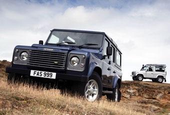 Land Rover немного обновит Defender