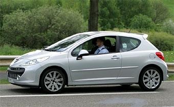 Peugeot 207 RC представят в Париже