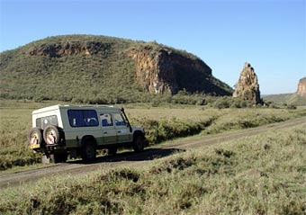 Власти Кении распродают парк служебных автомобилей