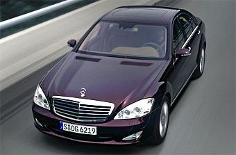 Mercedes S-Class стал самым продаваемым автомобилем в классе