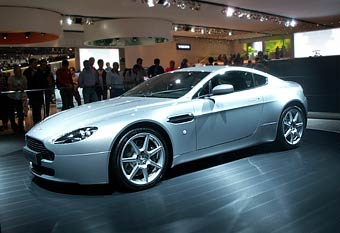 Автомобильные дизайнеры выбирают Aston Martin