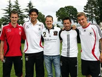 Шумахер надеется на двойной успех Германии
