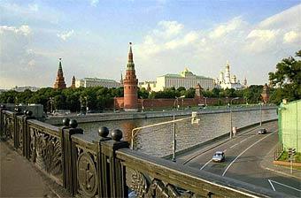 Власти Москвы предлагают сделать Софийскую набережную пешеходной