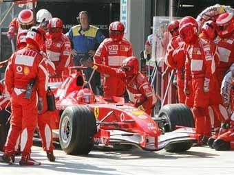 Фелипе Масса потерял десять позиций на старте Гран-при Китая
