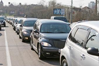 По Москве и Петербургу ездили колонны Chrysler PT-Cruiser