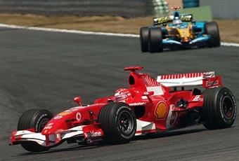 Технический директор Renault-F1: Renault и Ferrari равны