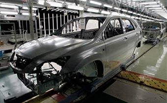 Российские автомобили Toyota будут окрашиваться ярославскими красками