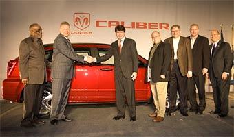 Dodge приступил к производству кроссоверов Dodge Caliber