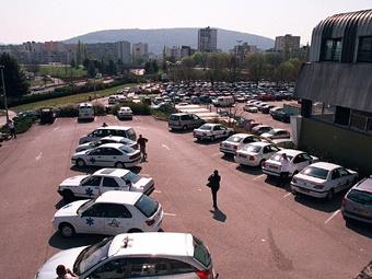 Британские больничные парковки заработали за год 149 миллионов фунтов