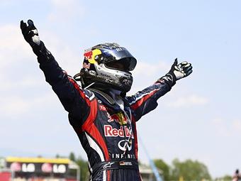 Чемпион Формулы-1 стал лицом бренда Infiniti