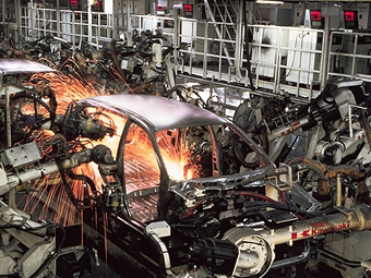 """""""Тойота"""" раскритиковала себя за невнимательность к качеству автомобилей"""