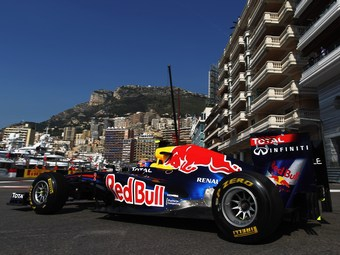 Болиды Формулы-1 с моторами Renault будут терять по 0,8 секунды на круге