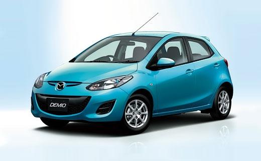 Представлена обновленная Mazda2 с мотором SkyActiv