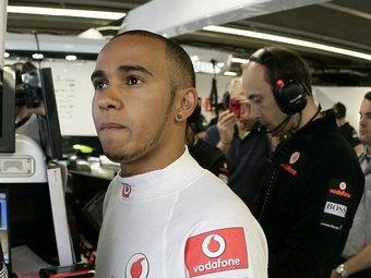 Экс-чемпионы Формулы-1 раскритиковали поведение Хэмилтона на Гран-при Канады