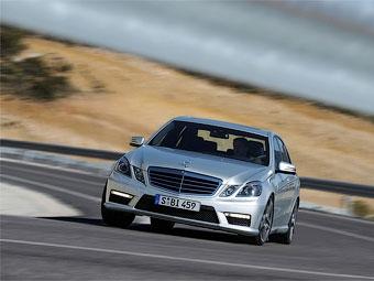 Mercedes-Benz попробует побить мировой рекорд по длительности дрифта