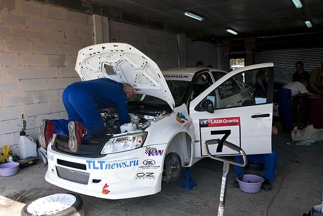 АвтоВАЗ создал гоночную моносерию на автомобилях Lada Granta. Фото 4