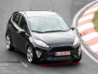 Ford Fiesta ST сфотографировали на Нюрбургринге