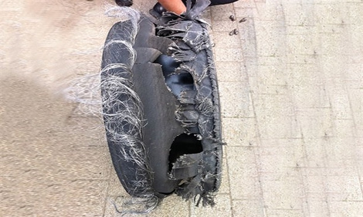 Тест-пилот Mercedes-Benz проехал в непрерывном скольжении 2308 метров. Фото 1