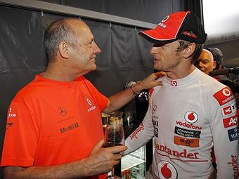 Команда McLaren поднимет Баттону зарплату