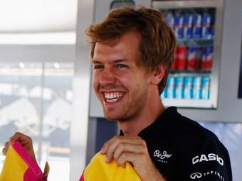 Феттель опередил Алонсо на тренировке Формулы-1 в Валенсии