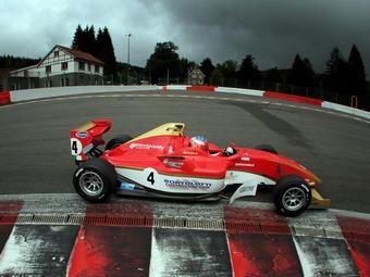Мирко Бортолотти вернулся в лидеры Формулы-2 после победы в Спа