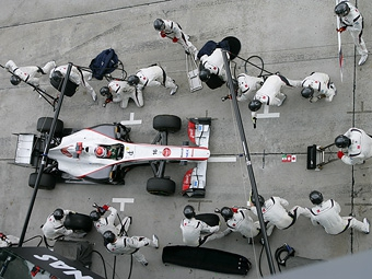 В Pirelli предсказали четыре пит-стопа на Гран-при Великобритании