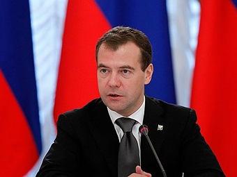 Медведев поддержал перевод транспорта на электротягу