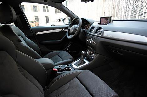 Компания Audi показала версию Q3 с 340-сильным пятицилиндровым мотором. Фото 3