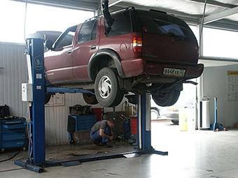 Медведев отменил техосмотр для новых автомобилей