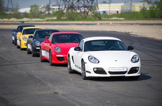 Ездим на Porsche по недостроенной трассе в Шушарах