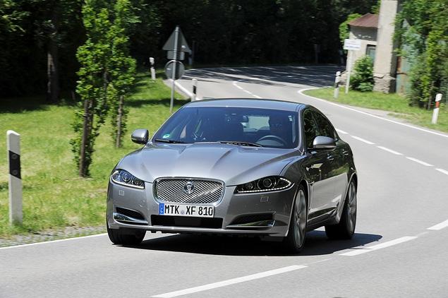 Тест-драйв обновленного Jaguar XF. Фото 5