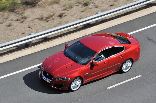 Тест-драйв обновленного Jaguar XF. Фото 10