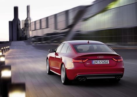 Компания Audi официально представила рестайлинговые автомобили семейства A5. Фото 2