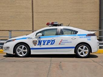 Полиция Нью-Йорка получила 50 электрокаров Chevrolet Volt
