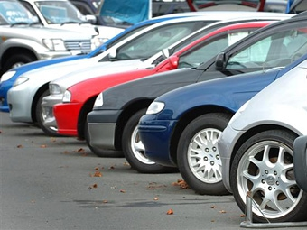 Европейцы стали покупать меньше автомобилей