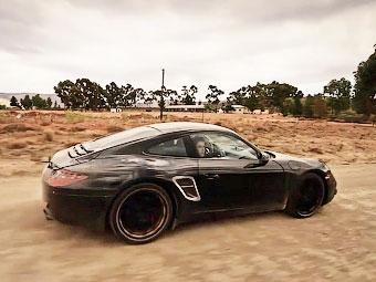 Компания Porsche показала официальный видеоролик о новых 911-х