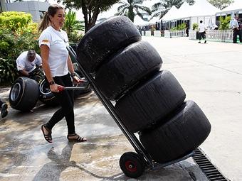 Pirelli изменит форму задних покрышек болидов Формулы-1