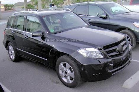 Mercedes-Benz испытывает обновленный кроссовер GLK в условиях жаркого климата. Фото 1