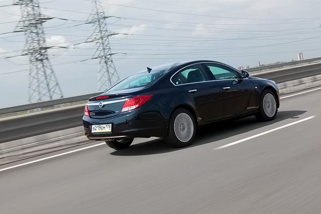 Opel Insignia получила российский паспорт и новые комплектации