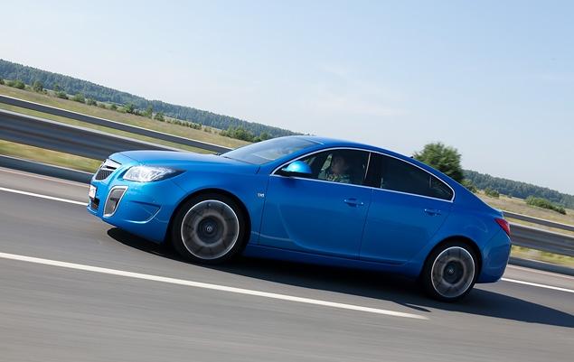 Opel Insignia получила российский паспорт и новые комплектации. Фото 7